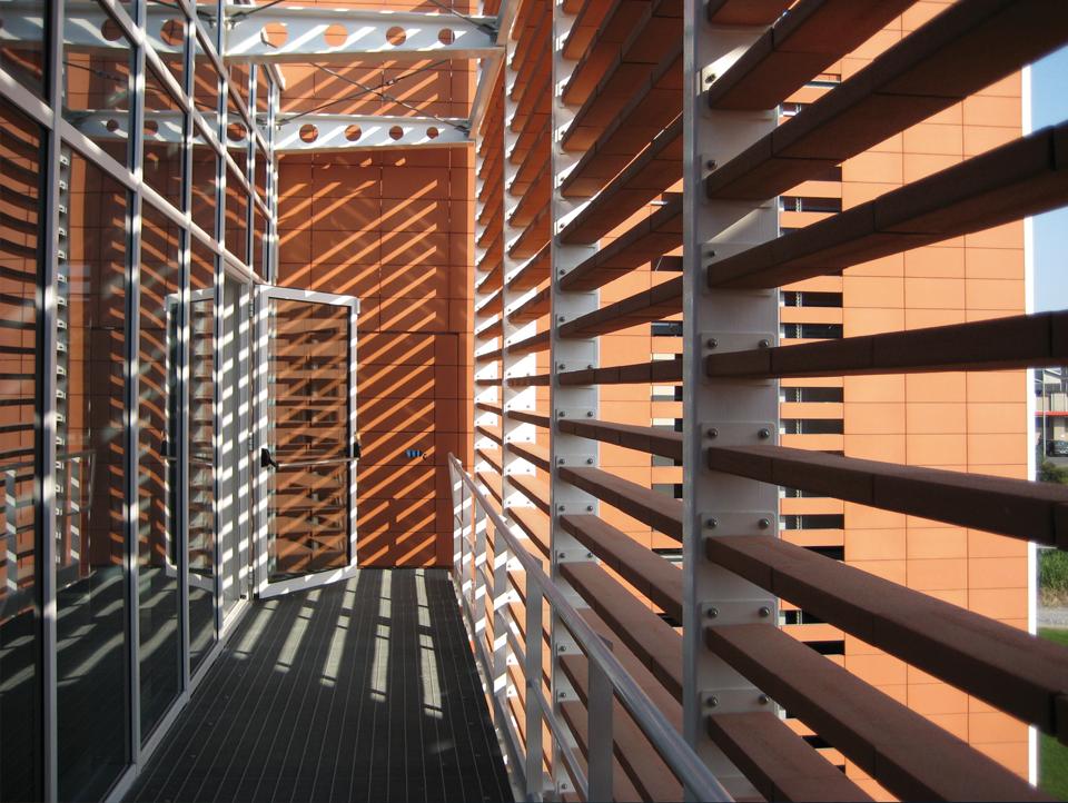 Cotto impruneta pareti ventilate for Rivestimenti metallici orizzontali